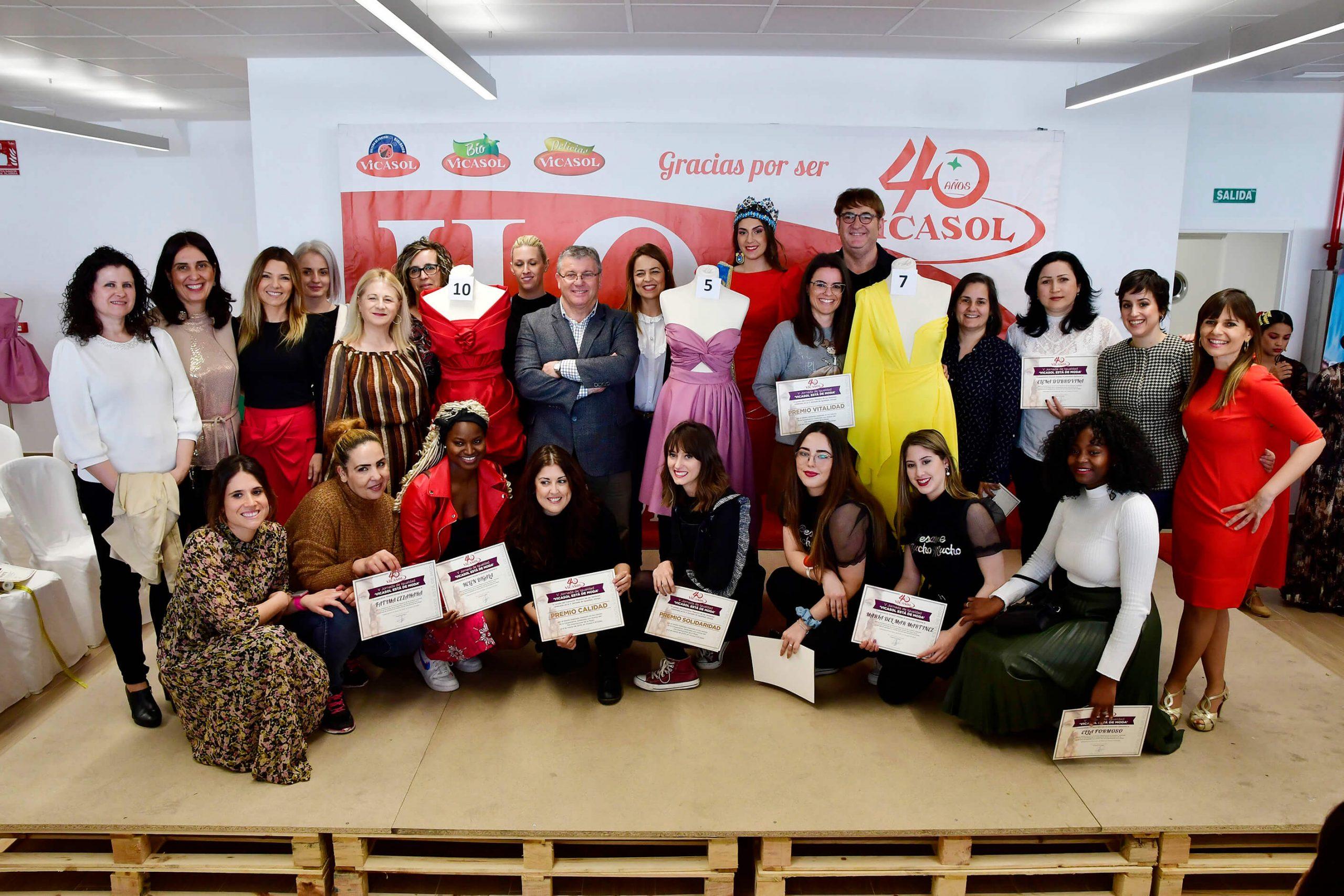 'Vicasol está de moda' reúne a más de 300 socias en El Ejido y otorga los premios a la Vitalidad, Calidad y Solidaridad